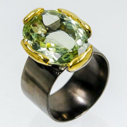 Кольцо серебро 925 ручной работы с зеленым аметистом натуральным 14 К (р.18.2)