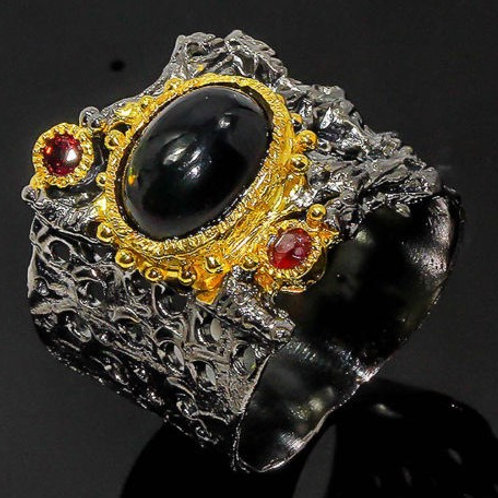 Кольцо серебро 925 ручной работы с опалом черным натуральным (р.17.7)