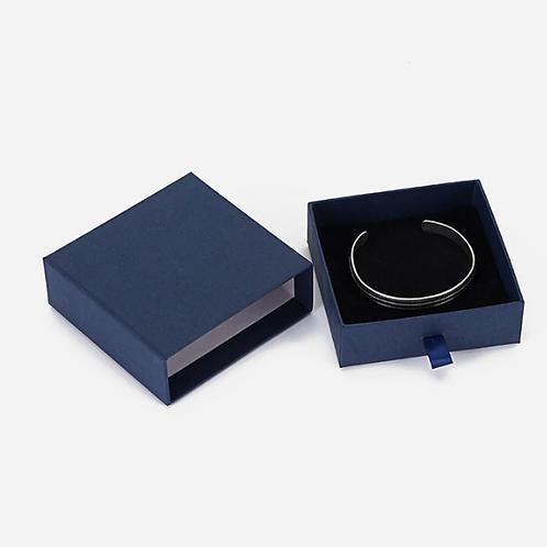 Коробка подарочная для кольца, сережек,подвески с цепочкой или браслета