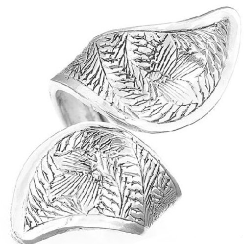 Кольцо серебро 925 (р.17.9)