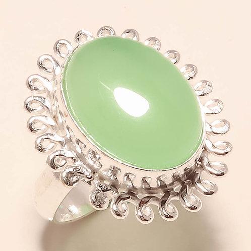 Кольцо серебро 925 ручной работы с зеленым халцедоном натуральным (р.18.5)