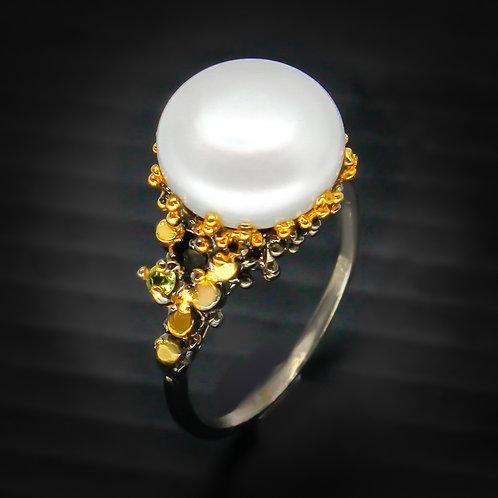 Кольцо серебро 925 ручной работы с жемчугом натуральным 14 мм (р.18.9)