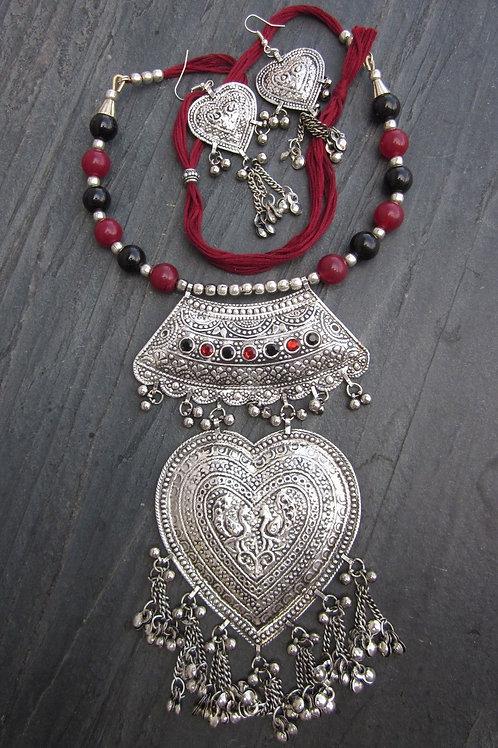 Комплект ожерелье и серьги этнические тибетские ручной работы