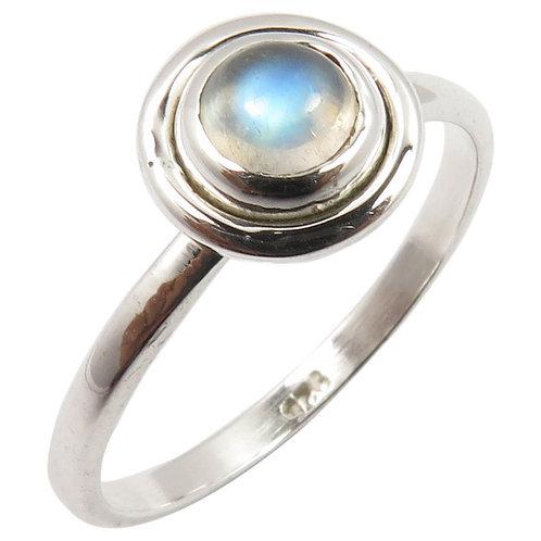 Кольцо серебро 925 с лунным камнем натуральным (р.16.5)