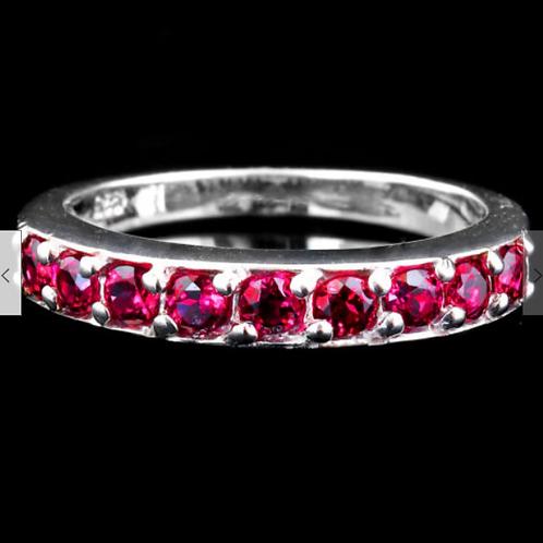 Кольцо серебряное с  родолитом натуральным арт.102668