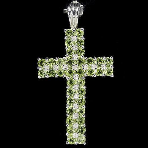 Подвеска-крест серебро 925 ручной работы с хризолитом натуральным 3 мм
