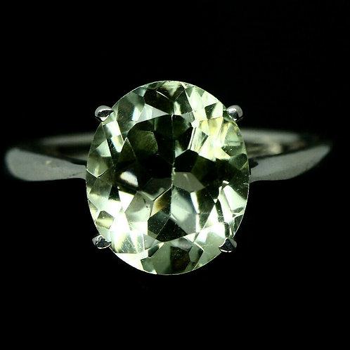 Кольцо серебро 925 ручной работы с зеленым аметистом натурал. 10х12 мм (р.17.9)