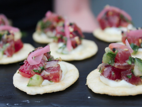 How to choose your perfect wedding reception canapés