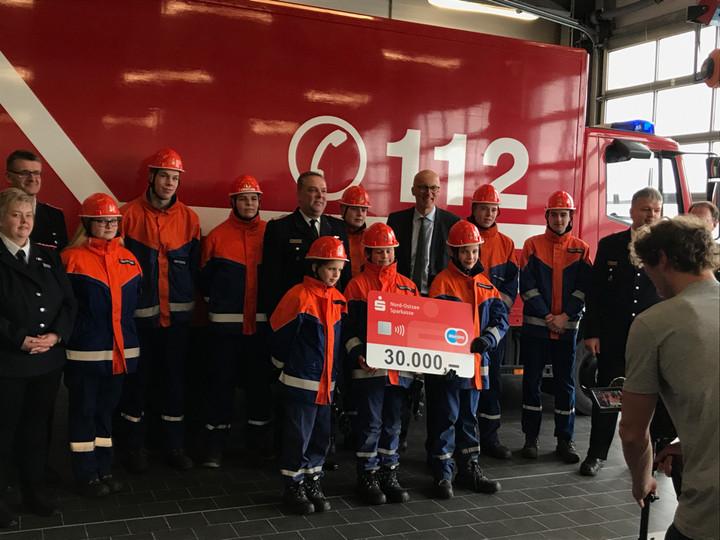 Nachwuchs gesucht! Nospa unterstützt Kreisjugendfeuerwehren mit 30.000 Euro