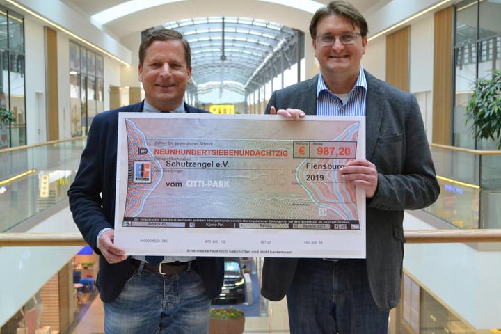 CITTI-PARK spendet an Schutzengel  Scheckübergabe an Geschäftsführer Volker Syring
