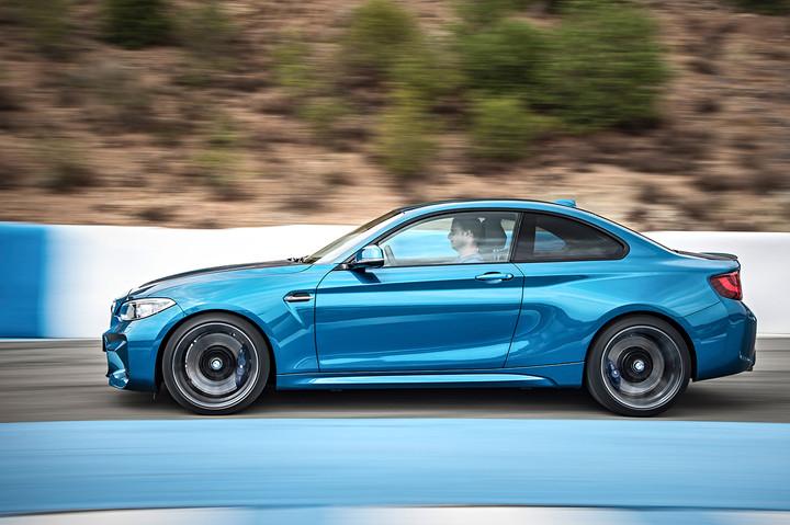 """BMW mit vier Klassensiegen beim """"sport auto Award"""" 2017"""