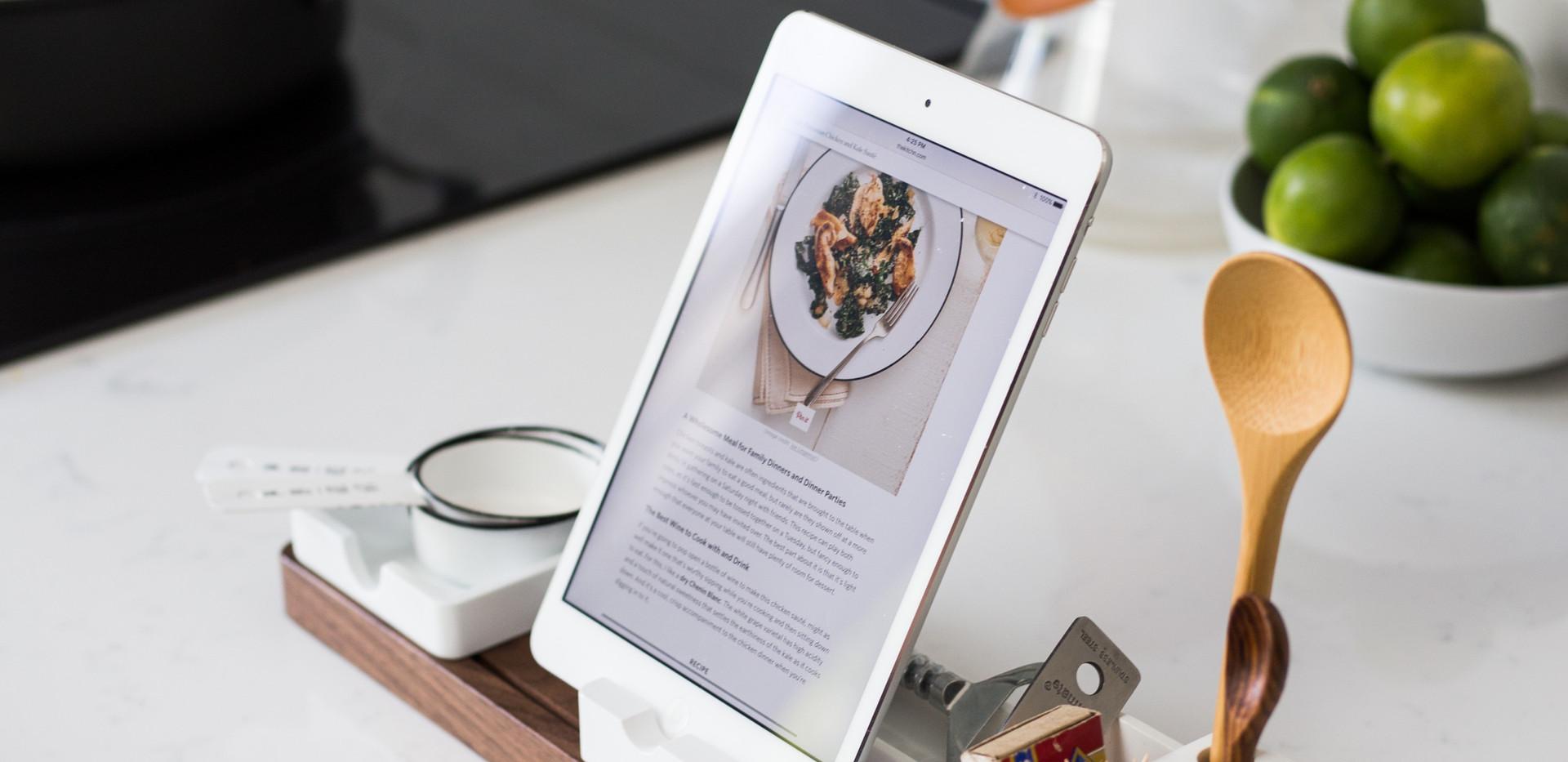 Kochen in neuer Küche