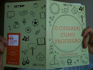 livro O Cuidado Como Profissão.jpg