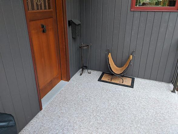 Guenette front door.jpg