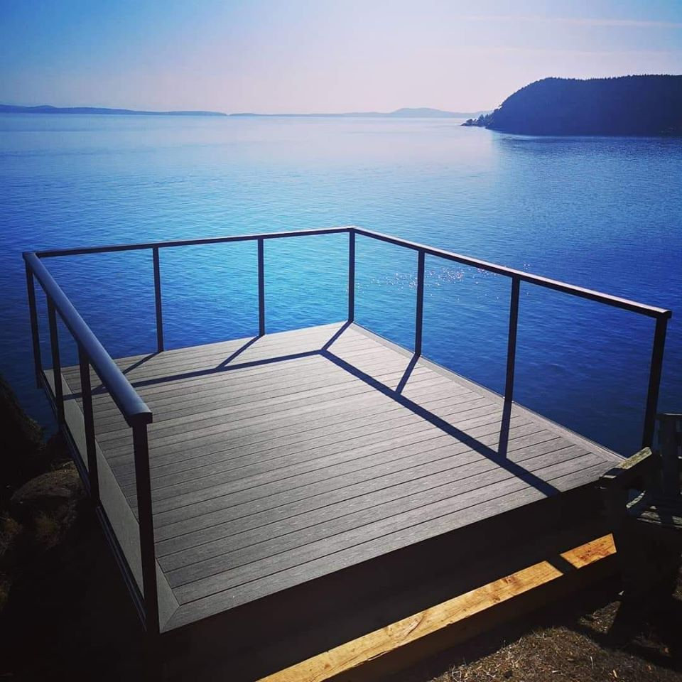 BCombes Seaside Deck.jpg