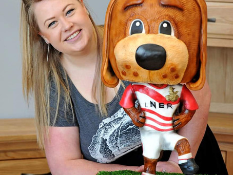 Doncaster Rovers Mascot replicated in cake!