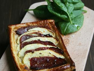 Tartelette au magret de canard fumé accompagnée de pommes et de fleur de sel aux épices :D Miam !!!