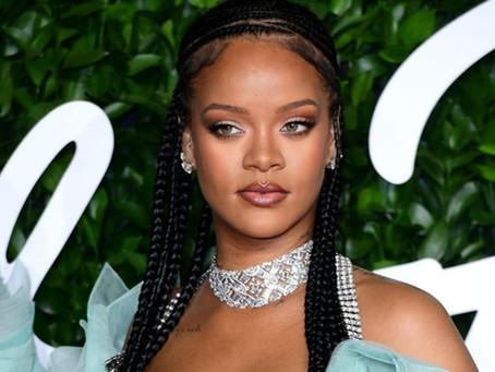 HERSTORY: Rihanna Becomes World's Richest Female Musician
