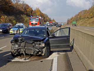 Verkehrsunfall auf der Bundesautobahn 1 bei Wißkirchen