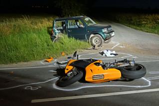 Motorradfahrer bei Unfall tödlich verletzt