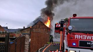Scheune stand in Flammen