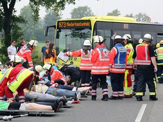 Massenanfall von Verletzten bei Verkehrsunfall (LNA-Übung)