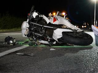 Zwei schwer Verletzte nach Überholvorgang