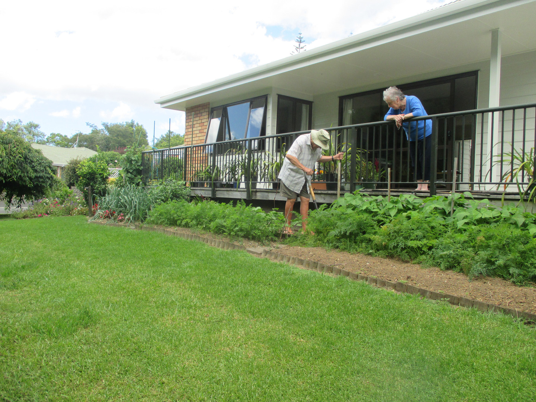 Willson Gardens, Erk tending to vege gar