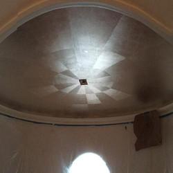 Facebook - Gilded oval ceiling