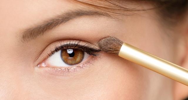 Why You Shouldn't Use Concealer As Eyelid Primer