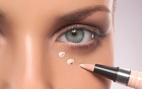 Common Concealer Mistakes That Everyone Makes