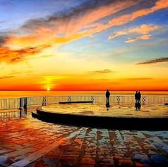 Sunrise on the Balcon de Europa