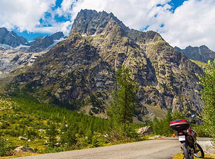 GS-Motocycle-Tours_motorcycle-mountain-t