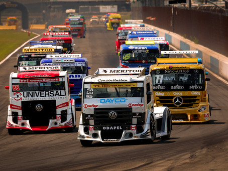 Meritor Brasil celebra 10 anos de Copa Truck e lugar mais alto do pódio antes mesmo da grande final