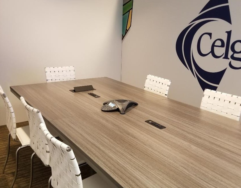 8' Smart Table