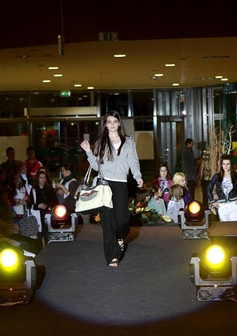 Fashion Show in Maximus