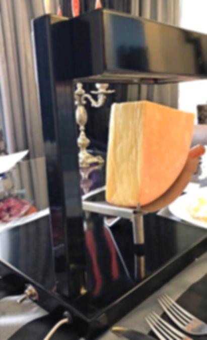 Raclette Elétrica 1200 W Valais para Queijos Raclette