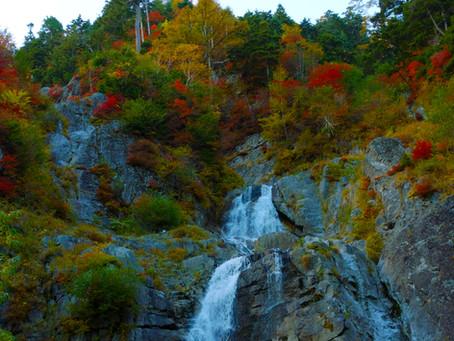 日暮の滝と駒ヶ岳ロープウェイ
