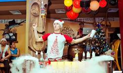 Новогоднее бармен шоу