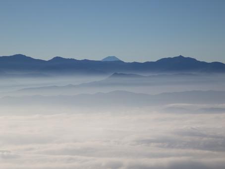 中央アルプスから眺める南アルプスと雲海