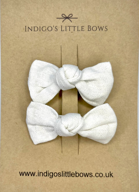 White Linen Pigtail Clips