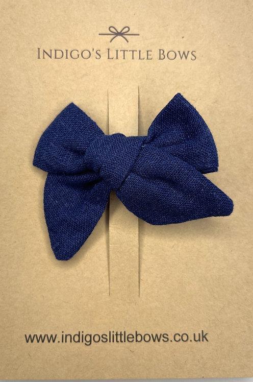 Navy Linen Bow Clip
