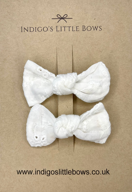 White Broderie Pigtail Clips
