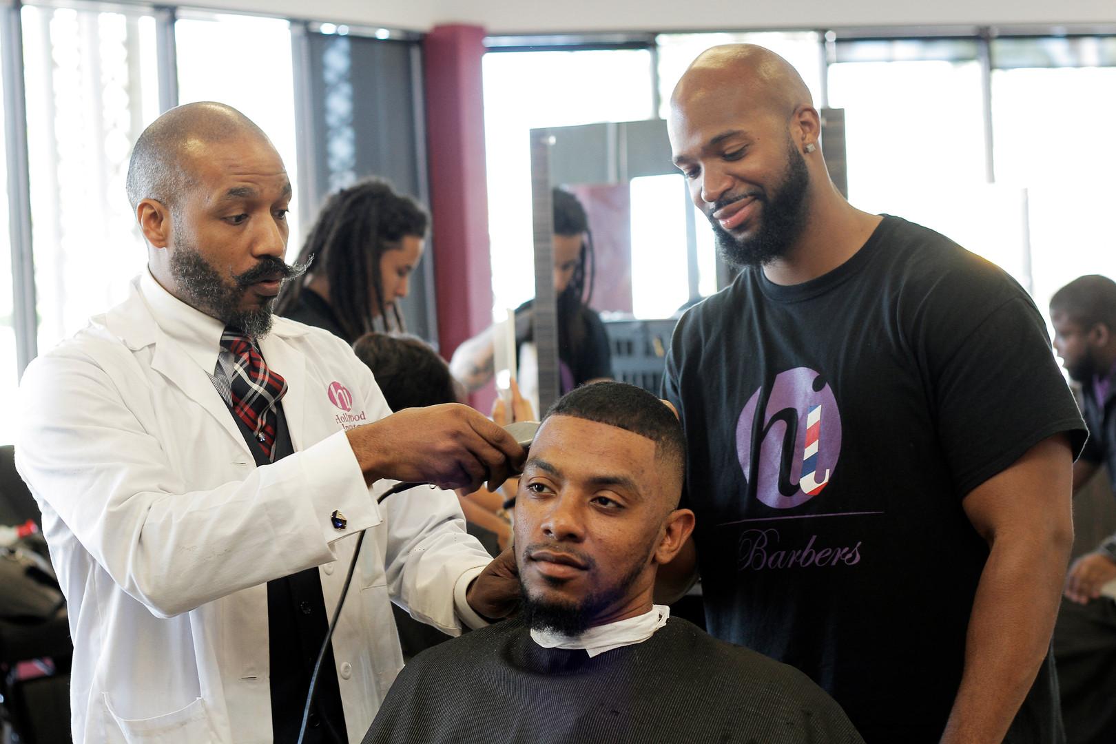 Barber02.JPG