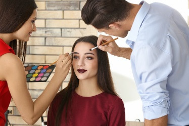 High School Courses to Take to Prep for Cosmetology School