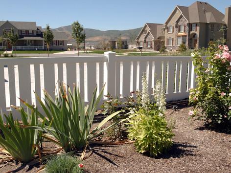 alternating picket fence in delta