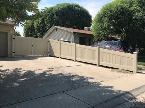 vinyl fence in palisade