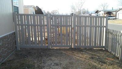 alternating picket fence in denver