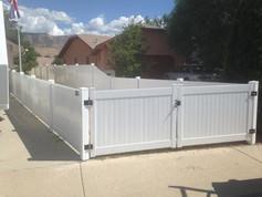 vinyl gate in aspen