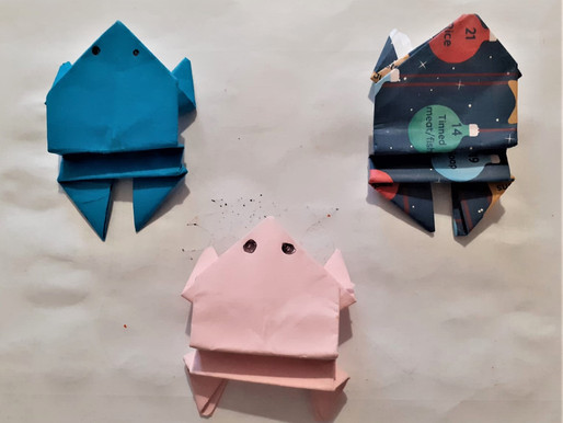 Chat & Make Frog Origami!